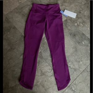 Lululemon Run Around Tight 4 NWT